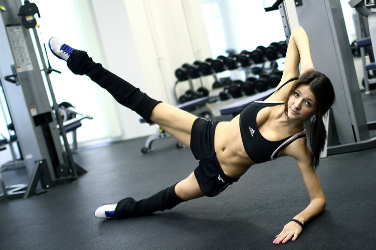Фитнес Для Похудения Начинающих. Эффективные упражнения для тренировки дома. Фитнес без оборудования. Видео