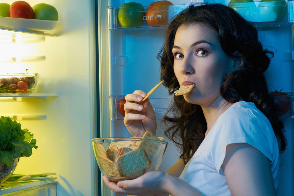 За сколько часов до сна можно есть, чтобы не набрать лишний вес - Тело Атлета